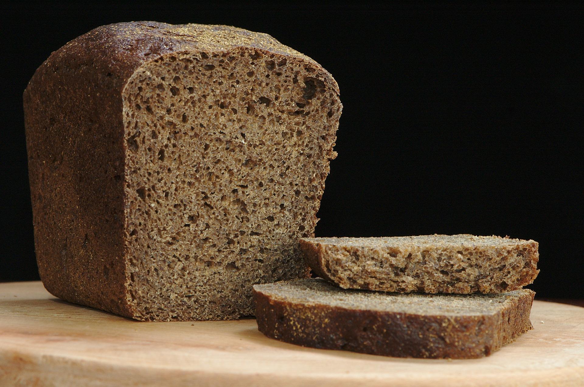 "<a href=""http://www.tonyshatch.co.uk/product/black-rye/"">Black Rye Bread With Avocado</a>"